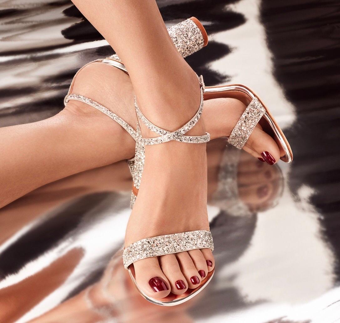 Shellac voeten